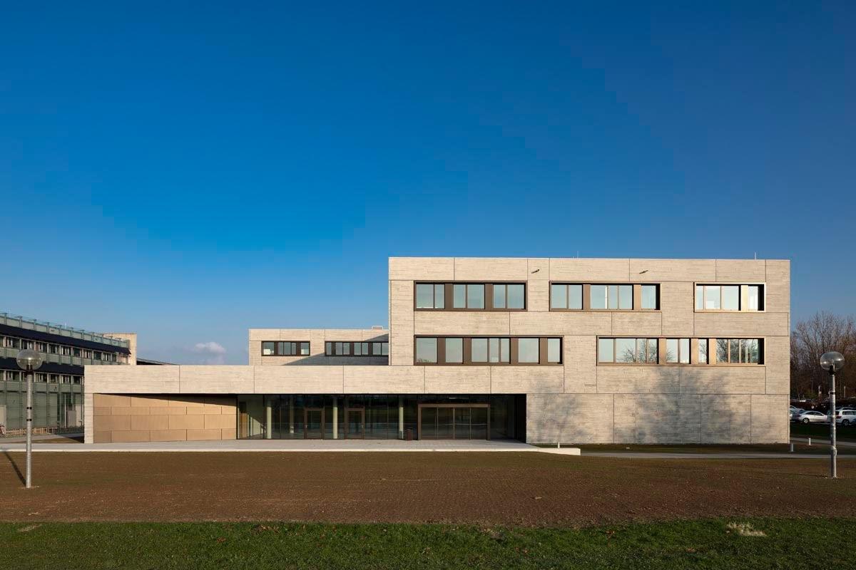 Ostbayerische technische hochschule florian hammerich for Technische universitat berlin architektur